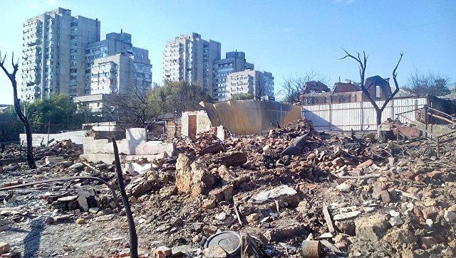 Дома на Театральном спуске в Ростове-на-Дону после крупного пожара
