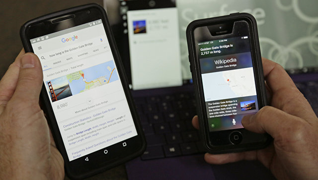 """В США и Китае создали """"25-й кадр"""" для голосовых помощников смартфонов"""