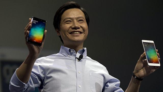 Глава компании Xiaomi Лэй Цзюнь о время презентации смартфона Xiaomi Note. 15 января 2015