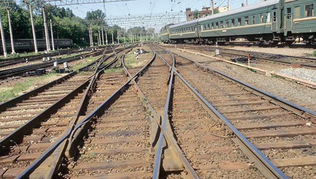 Железнодорожные пути . Архивное фото