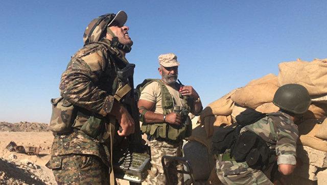 Источник: армия САР ликвидировала боевиков ИГ*, прорвавшихся в Аль-Букемаль