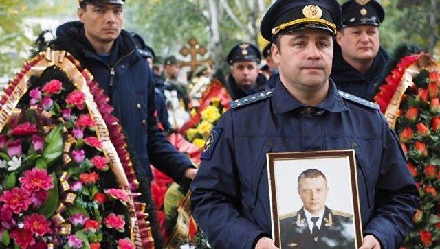 Во время прощания со штурманом Юрием Копыловым в Воронеже. 13 октября 2017