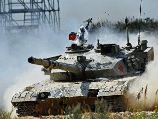 Танк армии Китая. Архивное фото