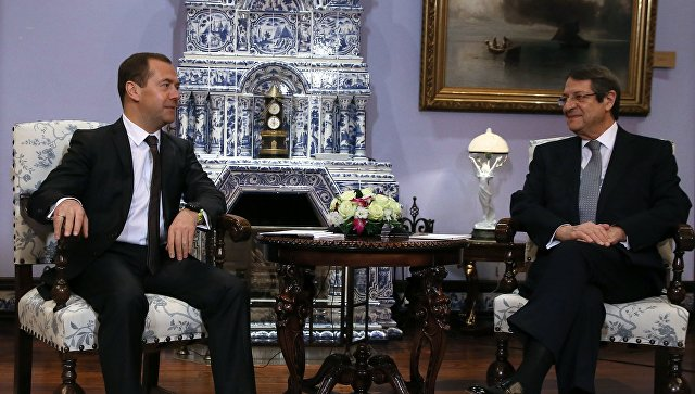 Медведев ипрезидент Кипра обсудят экономическое игуманитарное сотрудничество