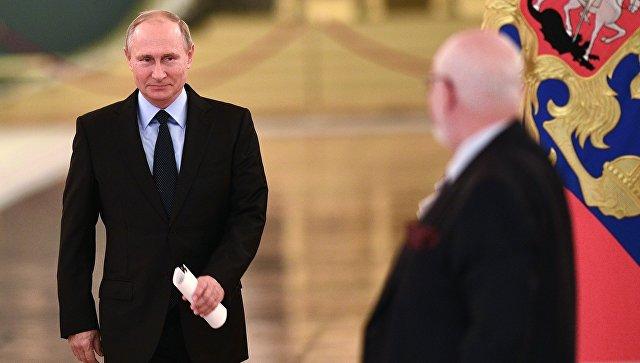 Путин неисключил воссоздания совета попомилованию