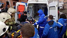 Поисково-спасательные работы на месте обрушения лестничных пролетов в строящемся здании в Саранске
