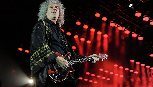Концерт гитариста группы Queen Брайана Мэя и Адама Ламберта. Архивное фото