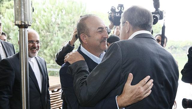 Лавров назвал встречу с главами МИД Турции и Ирана полезной