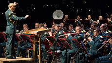 Центральный военный оркестр отметил 90-летие на сцене Театра российской армии