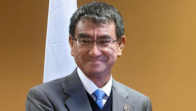 Руководитель МИД Японии вылетел в российскую столицу для переговоров сЛавровым
