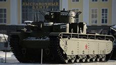 Пятибашенный тяжёлый танк Т-35, воссозданный по советским чертежам в городе Верхняя Пышма