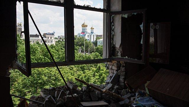 Вцентре Луганска взорвалась граната: ранены три женщины