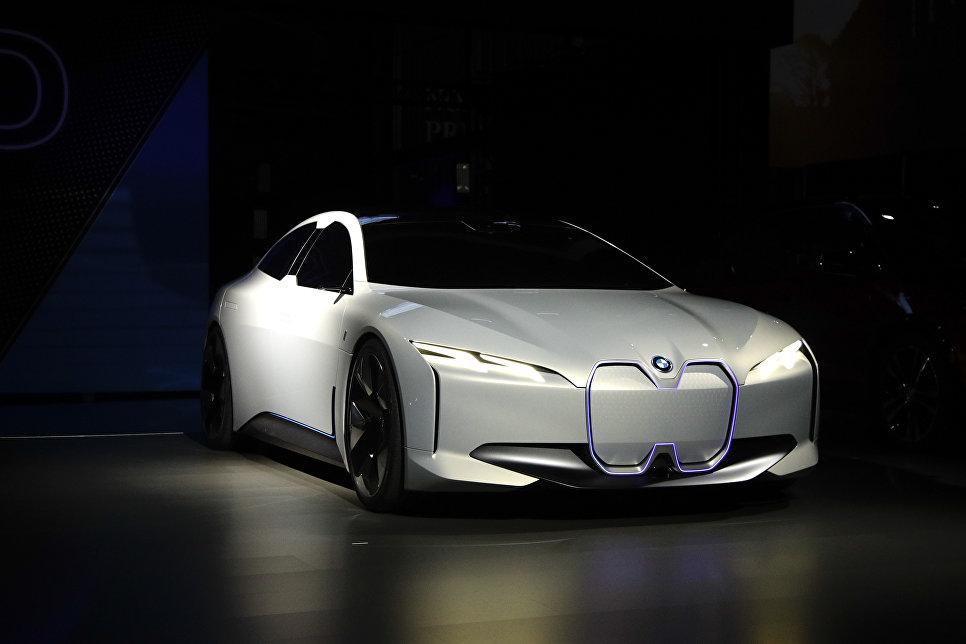 BMW i Vision Dynamics на автосалоне в Лос-Анджелесе
