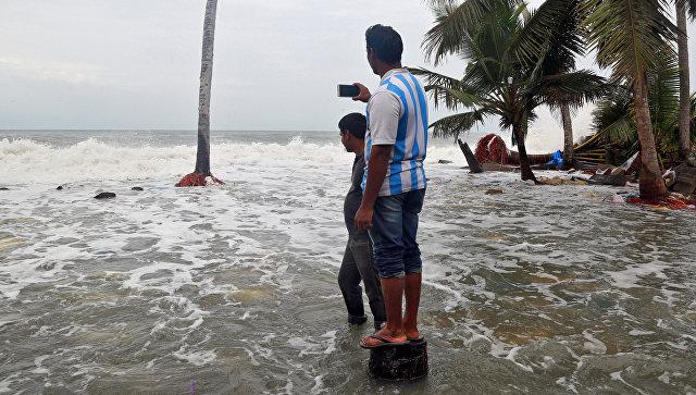 На юге Индии из-за шторма погибли не менее 20 человек