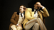Артисты Игорь Кваша и Валентин Гафт в спектакле Балалайкин и Ко. Архивное фото