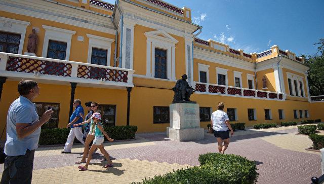 Картинная галерея Айвазовского останется в собственности Крыма