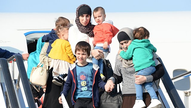 В Грозный доставили двух спасенных в Сирии детей