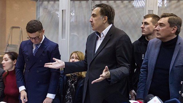 Михаил Саакашвили во время судебного процесса по избранию ему меры пресечения в Печерском районном суде Киева. 11 декабря 2017