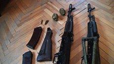 Оружие, изъятое в ходе задержания сотрудниками ФСБ РФ в Московской области группы террористов, планировавших террористические акты на новогодние праздники в Москве. 12 декабря 2017