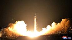 Запуск межконтинентальной баллистической ракеты Hwasong-15 в КНДР. Архивное фото