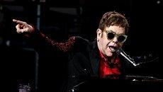 Британский певец Элтон Джон. Архивное фото