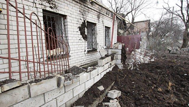 Последствия обстрела в городе Ясиноватая. Архивное фото