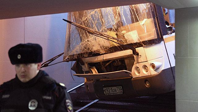 Известны подробности о личности водителя автобуса, въехавшего в московскую подземку