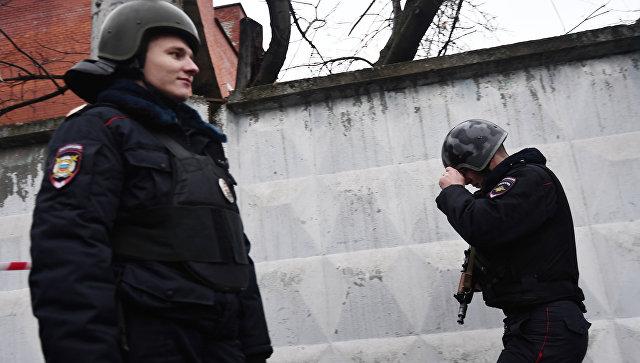Оцепление полиции на Иловайской улице. Архивное фото