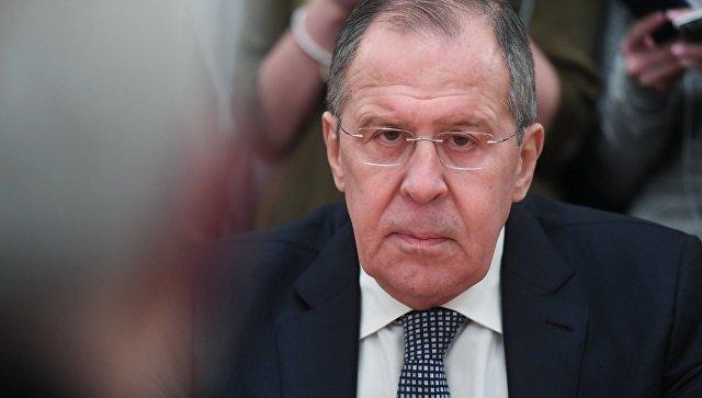 Россия будет добиваться выполнения минских соглашений, заявил Лавров