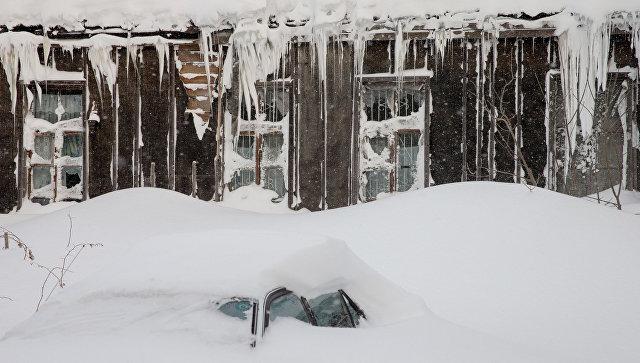 На Колыму идет третий за месяц снежный циклон