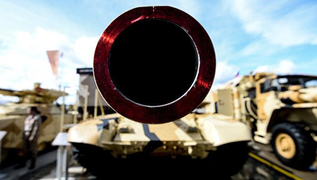 Танк Т-90МС на военно-техническом форуме Армия. Архивное фото