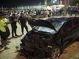 Автомобиль въехал в толпу людей в Рио-де-Жанейро. 19.01.18