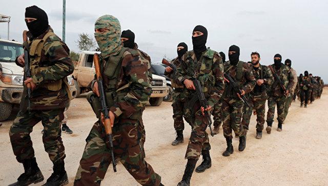 Турецкие военные из Свободной сирийской армии в тренировочном лагере в Азазе. 21 января 2018
