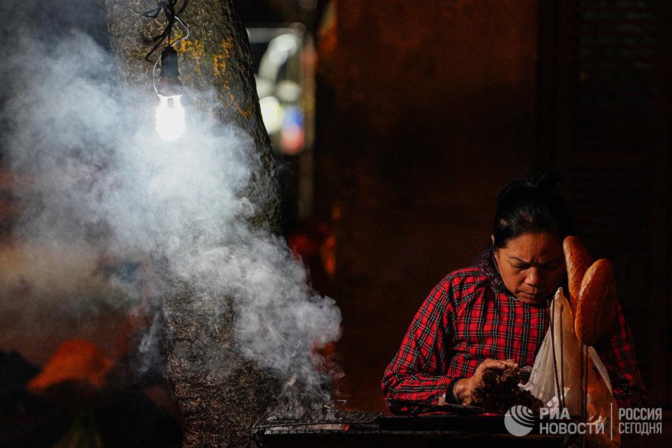 Уличная еда в Ханое