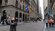 Улица Уолл-стрит в Нью-Йорке. Архивное фото