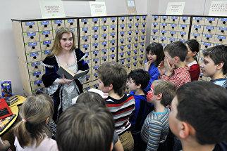 Волонтер на социально-культурной акции Библионочь в Российской государственной детской библиотеке