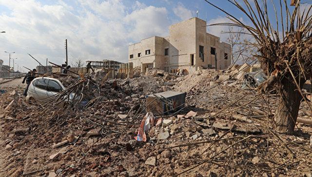 Разрушенная в результате авиаударов больница в провинции Идлиб
