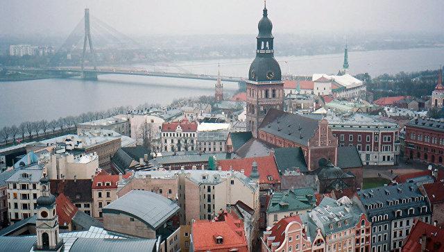Колокольня Домского кафедрального собора в Риге в Латвии. Архивное фото