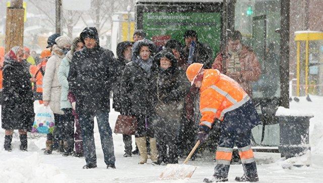 Кутру понедельника в столице России  предполагается  до6см снега