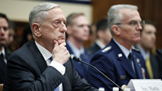 Министр обороны США Джеймс Мэттис на слушаниях в палате представителей конгресса. 6 февраля 2018
