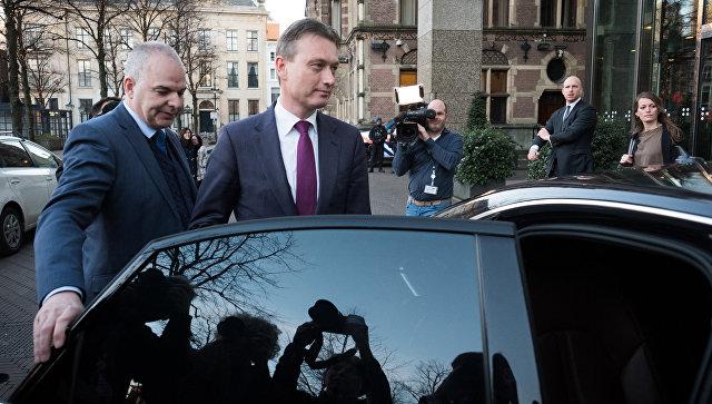 Министр иностранных дел Нидерландов Халбе Зейлстра после объявления об отставке в парламенте. 13 февраля 2018