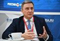 Руководитель Федерального агентства связи Олег Духовницкий во время интервью для сайта RIA.ru на Российском инвестиционном форуме в Сочи. 16 февраля 2018