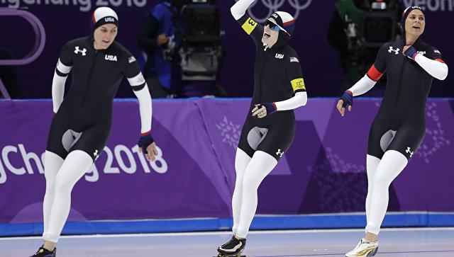 В социальных сетях высмеяли олимпийскую форму американцев. «Похоже намишень наягодицах»