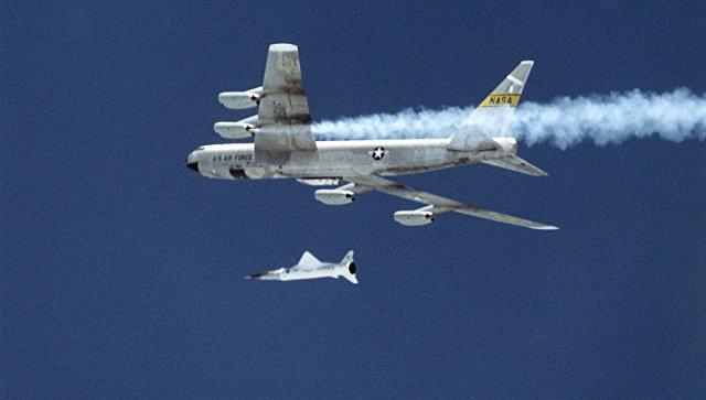 Американский беспилотный экспериментальный гиперзвуковой летательный аппарат X-43. Архивное фото