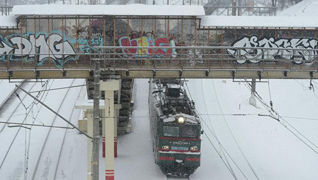 ВПодмосковье поезд сбил подростка