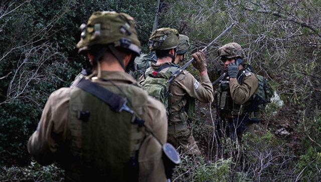 Солдаты армии Израиля на учениях. Архивное фото