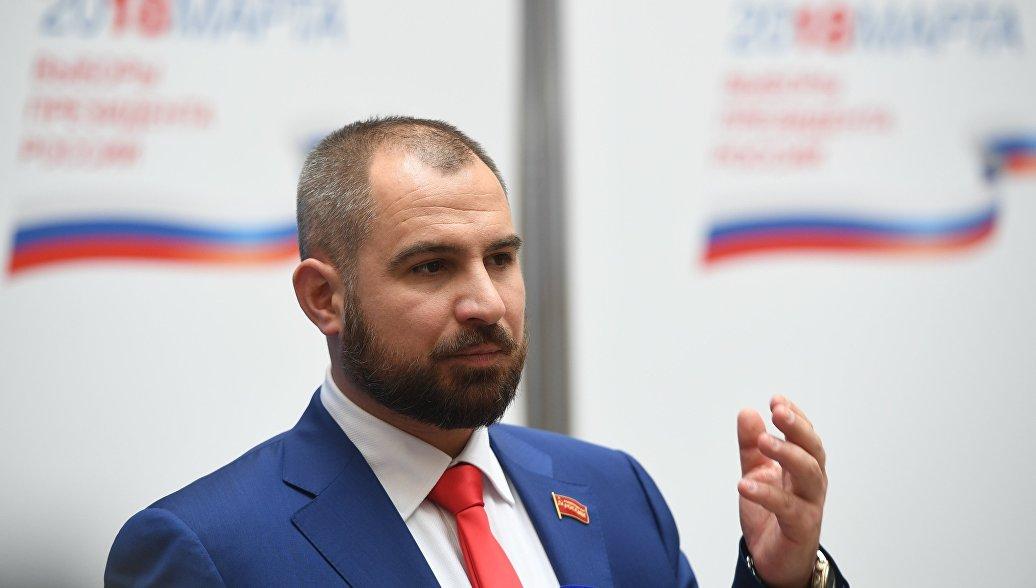Максим Сурайкин в ЦИК. Архивное фото