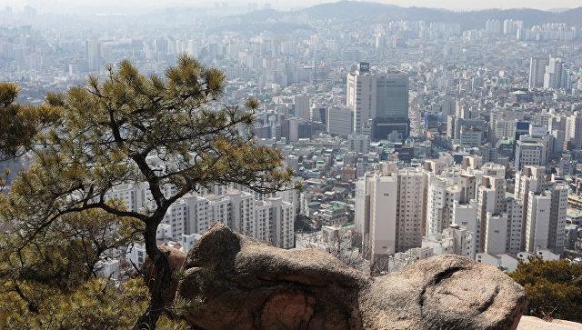 В Южной Корее автобус сорвался с обрыва, есть погибший и пострадавшие