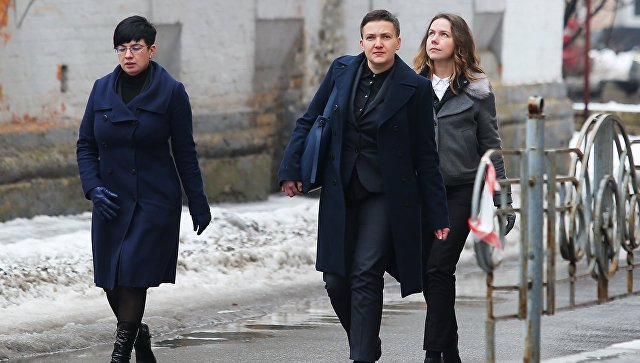 Депутат Верховной рады Украины Надежда Савченко перед брифингом в Киеве. 15 марта 2018