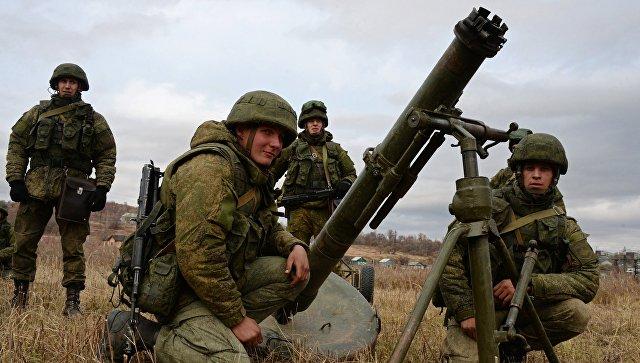 Военнослужащие Уссурийского соединения Воздушно-десантных войск во время тактических учений в Приморье. 19 октября 2017